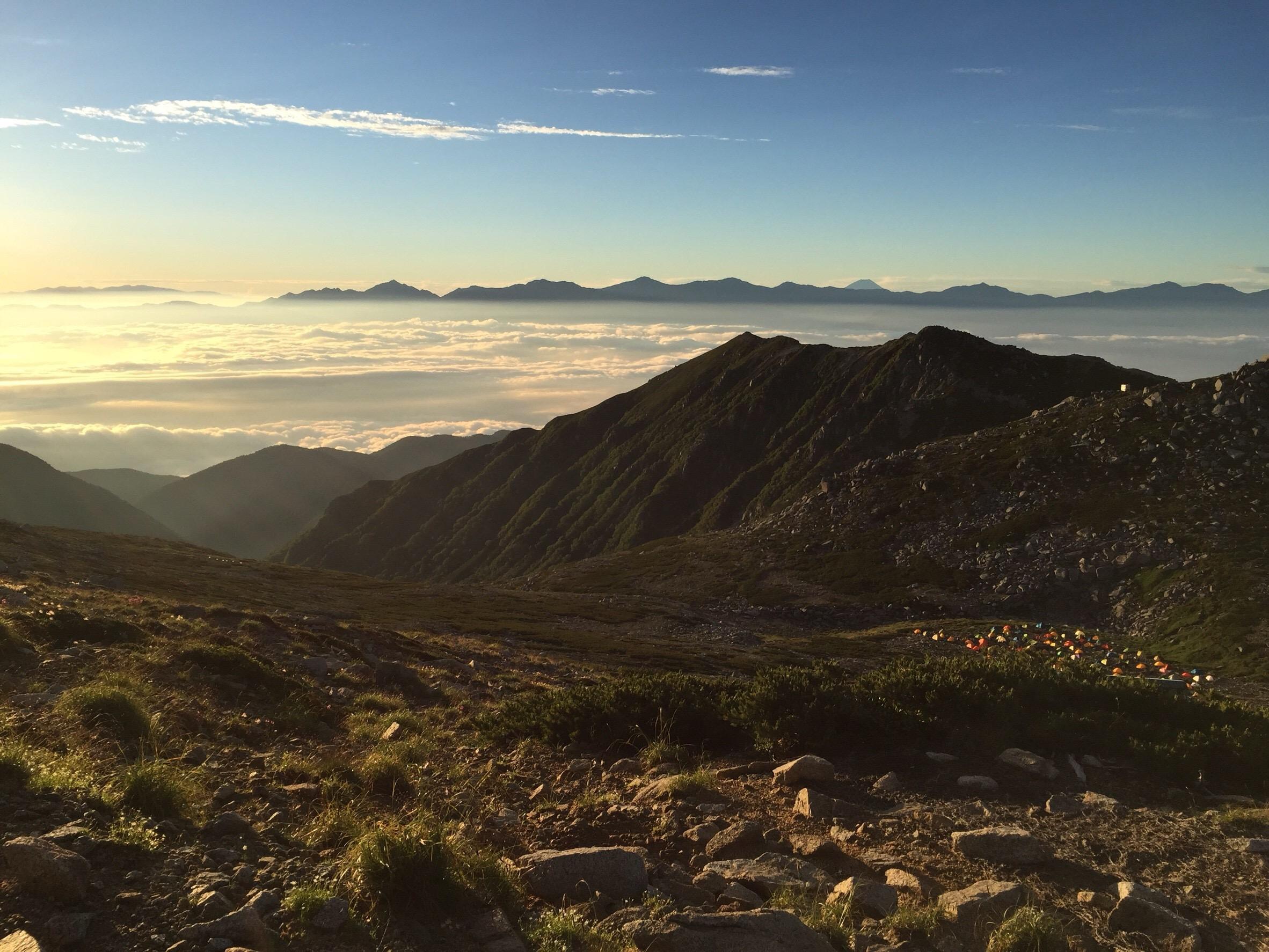 駒ヶ岳頂上山荘から見える朝日その2