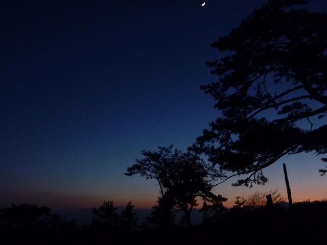 伊吹山のテント場の夜