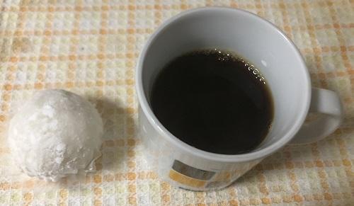 タイコーヒーと栗きんとん大福