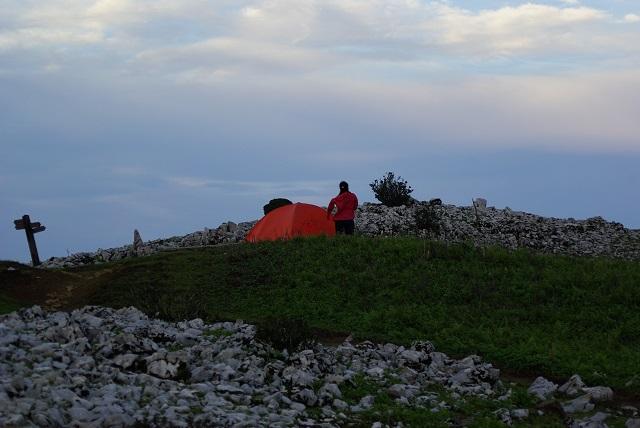 霊仙山のテント