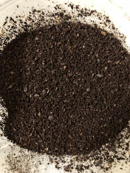 ブルンジコーヒーの粉の様子