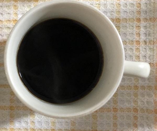 ブルンジコーヒーを飲む